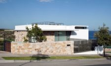 The Benelong Murra Murra Residence, Little Bay, Australia (14)