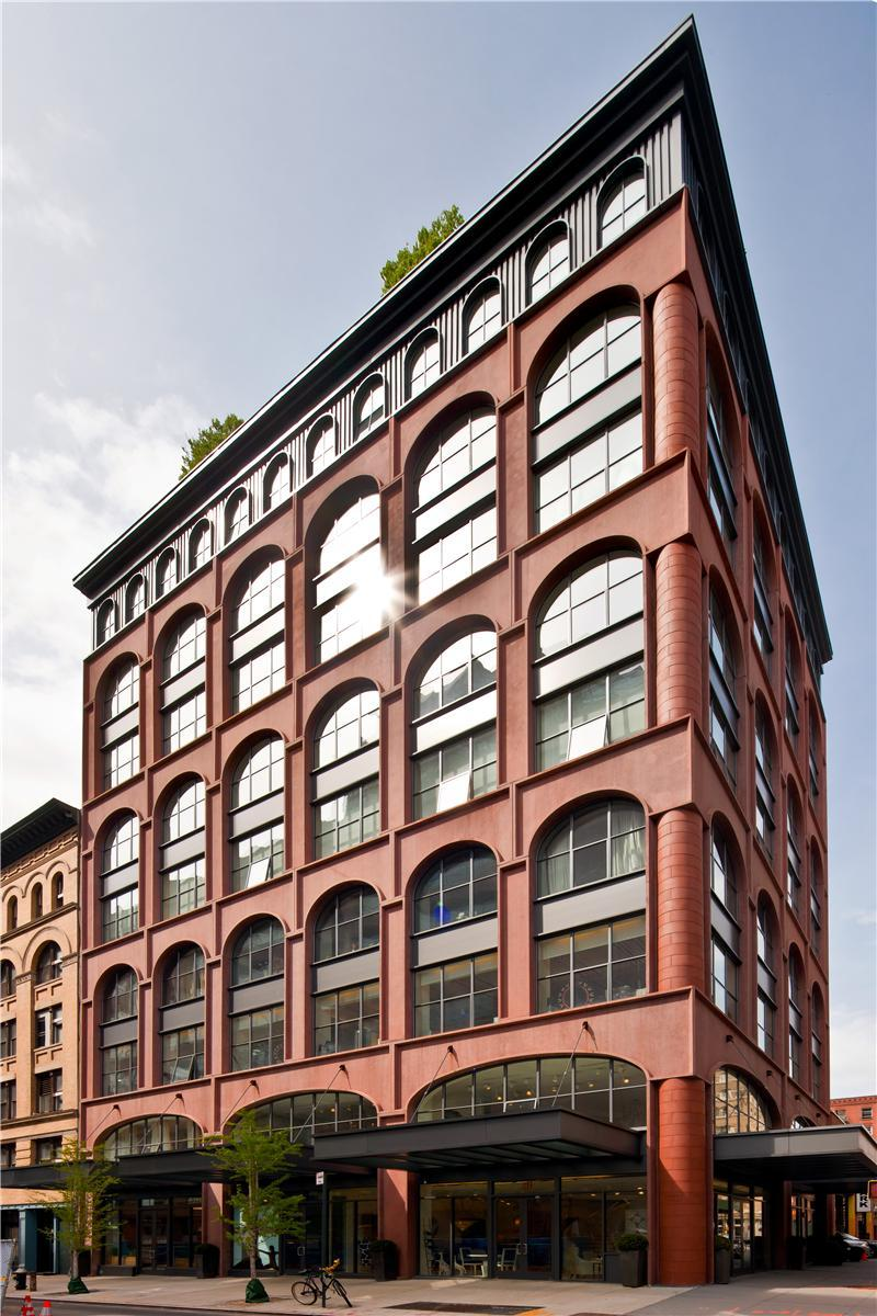 Two luxurious lofts on sale in tribeca new york for Modern house new york