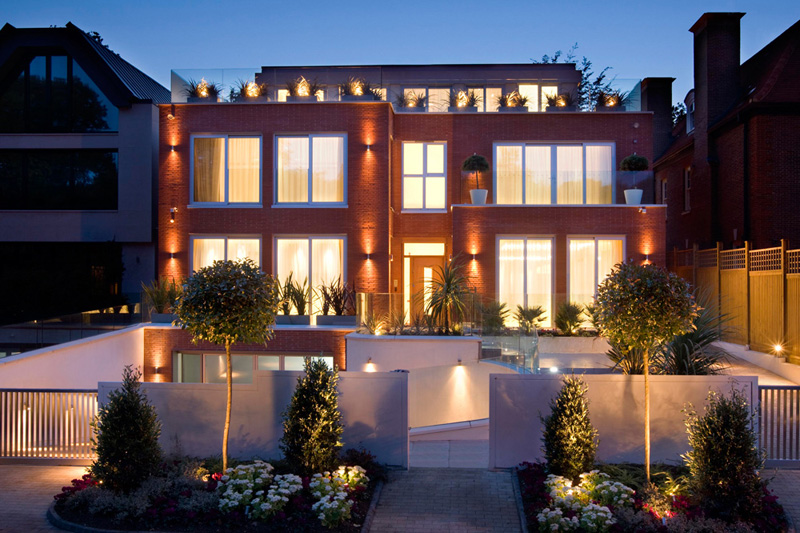 Superb Villa in London by Harrison Varma