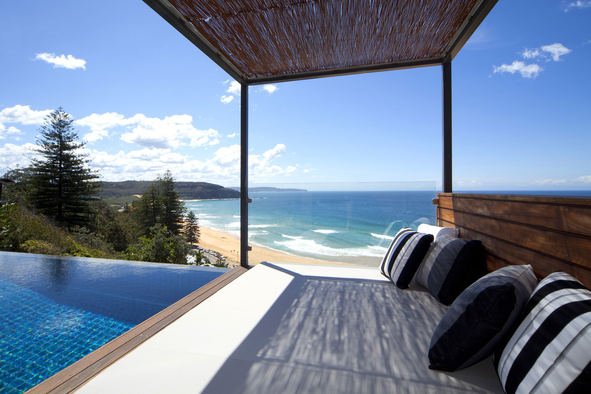 Designing a sit on the view beach house for Beach house plans nsw