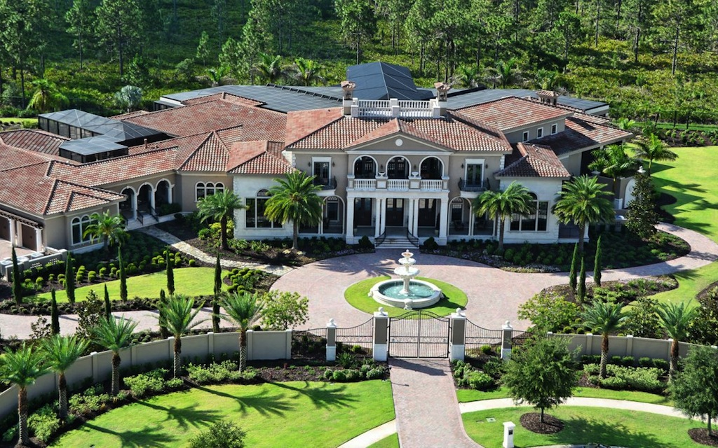 An exquisite estate in florida usa Luxury home builders usa