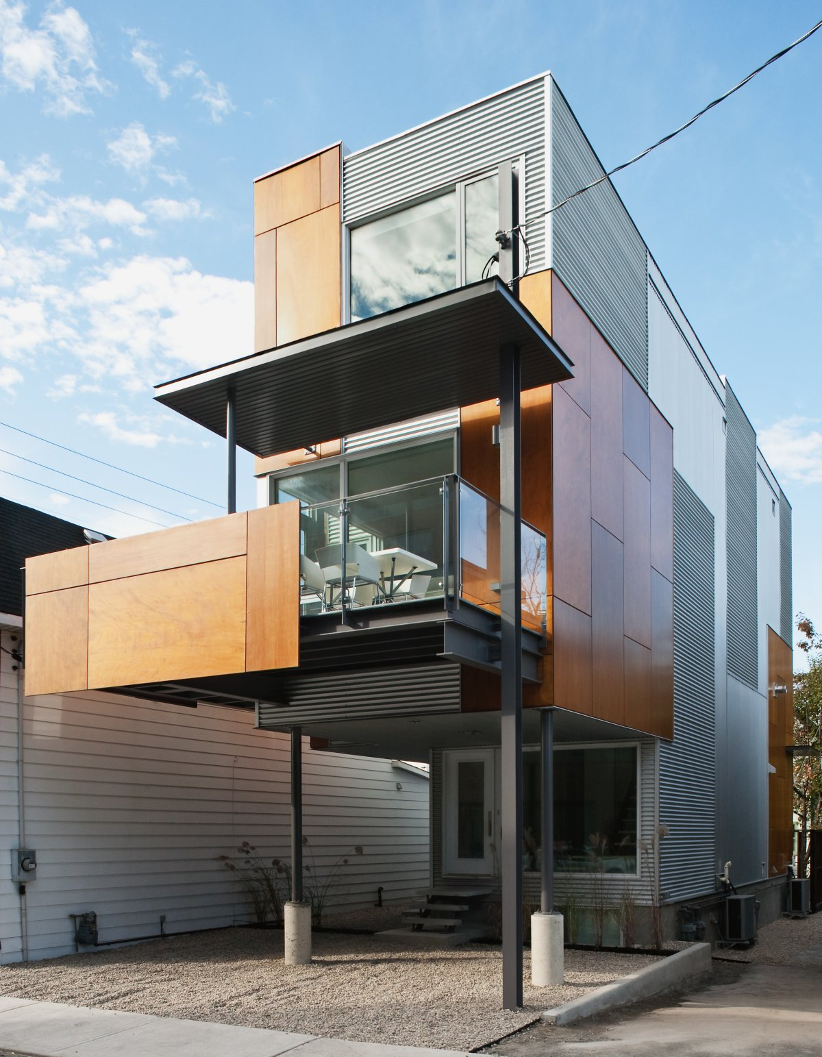 Exquisite Front To Back Infill Home In Ottawa Canada