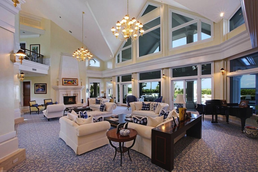 Oceanfront Mansion In Florida United States 12