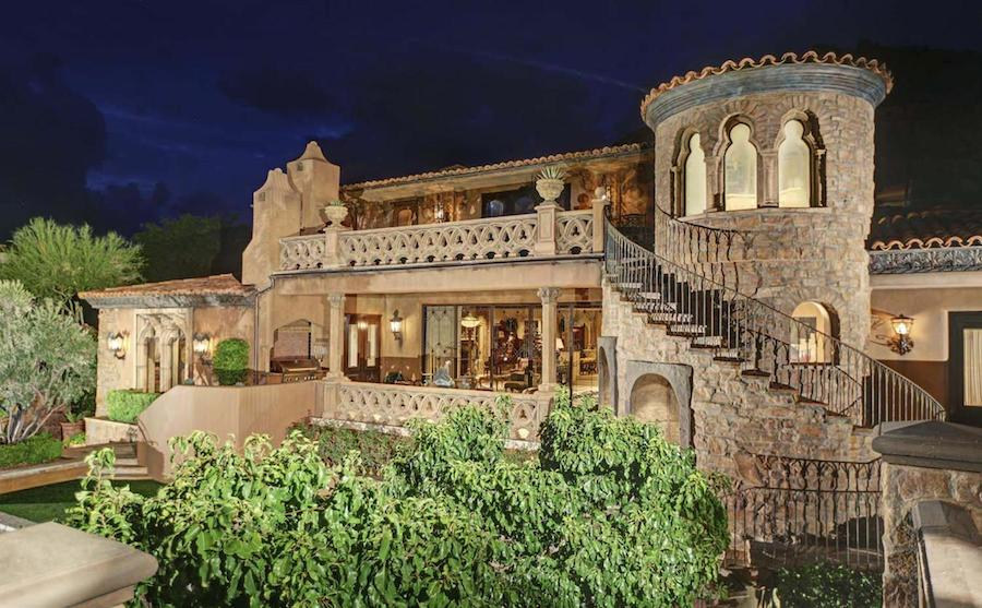 Superb medieval looking mansion in arizona united states 35 for Houses in united states