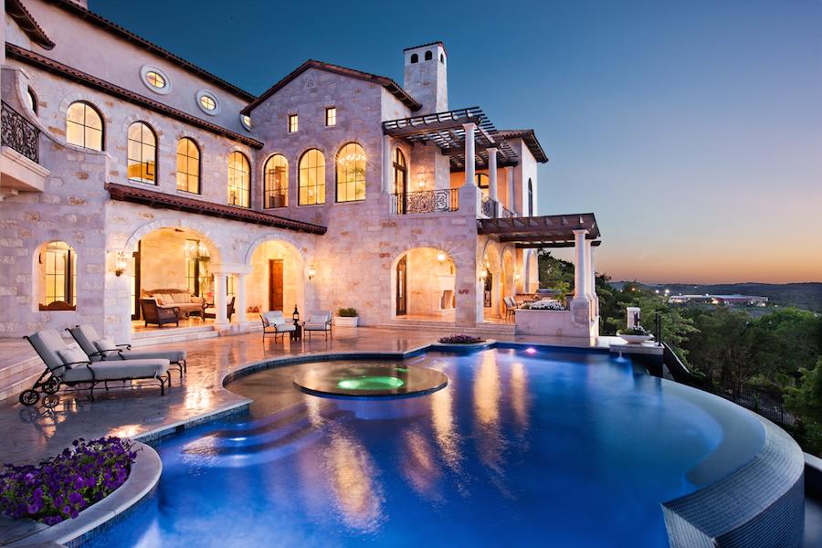 Lavish Villa Ascosa In Austin Texas Usa