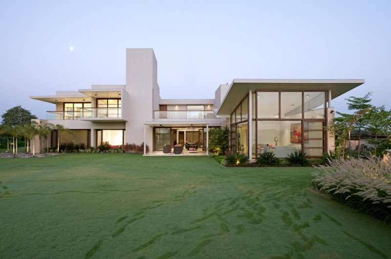 Stunning Urbane House In Ahmedabad, Gujarat, India 2