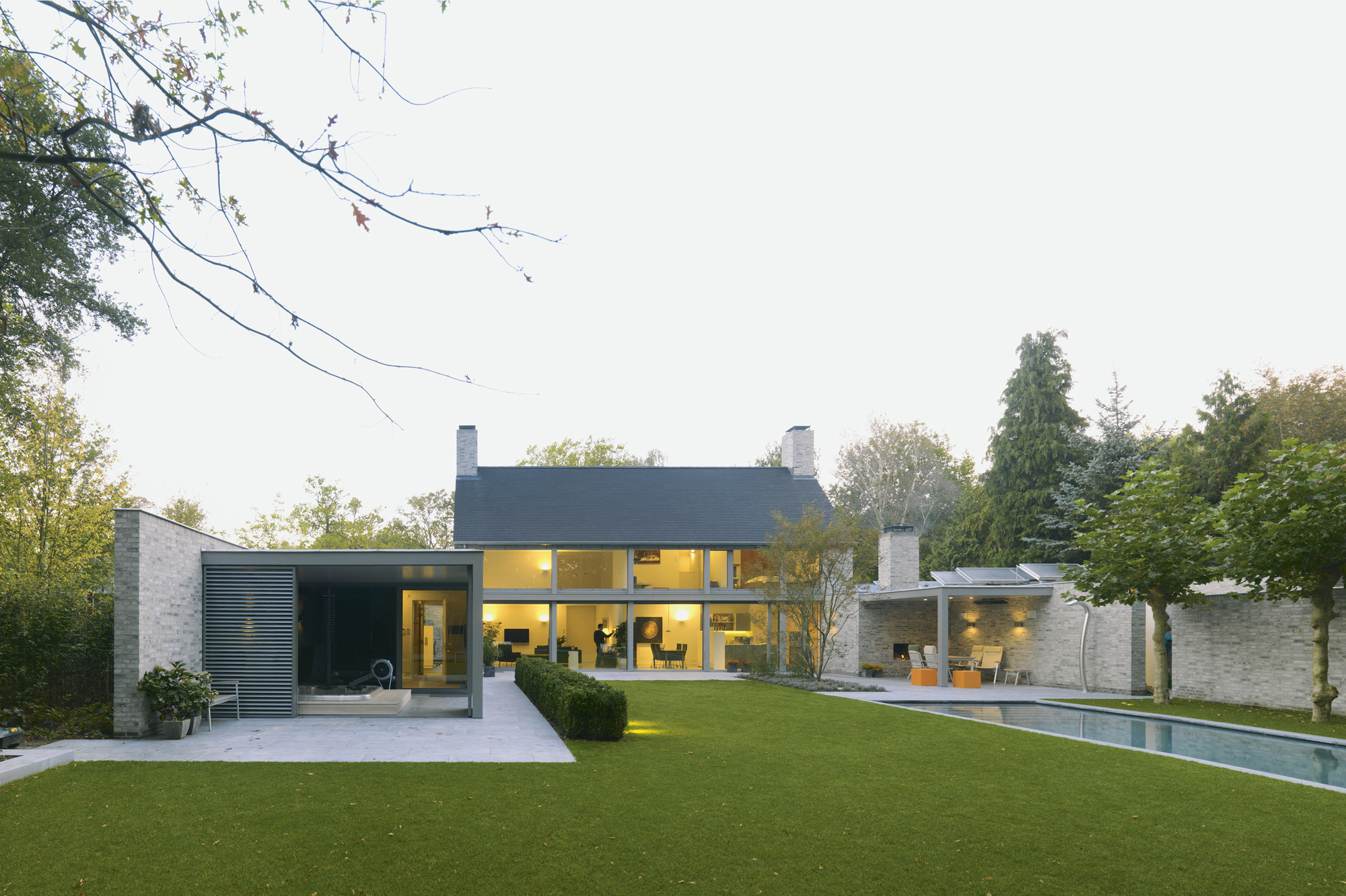 Villa rotonda in goirle the netherlands - Huis architect ...