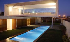 Contemporary Osler House In Brasilia, Brazil 11
