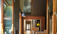 Local House In Saint Kilda, Victoria, Australia 4