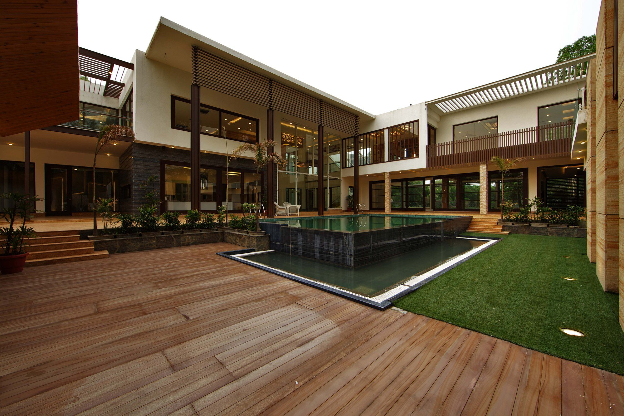 Sachdeva farmhouse in new delhi india for Architecture design for home in delhi