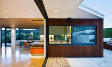 Stunning Korokoro House In New Zealand 3