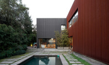 V House In Las Condes, Chile 10
