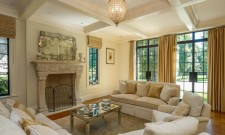 Remarkable Holly Branch Manor In Katonah, New York 2