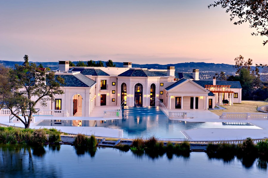 Magnificent Luxury Mansion in Bradbury Estates, California