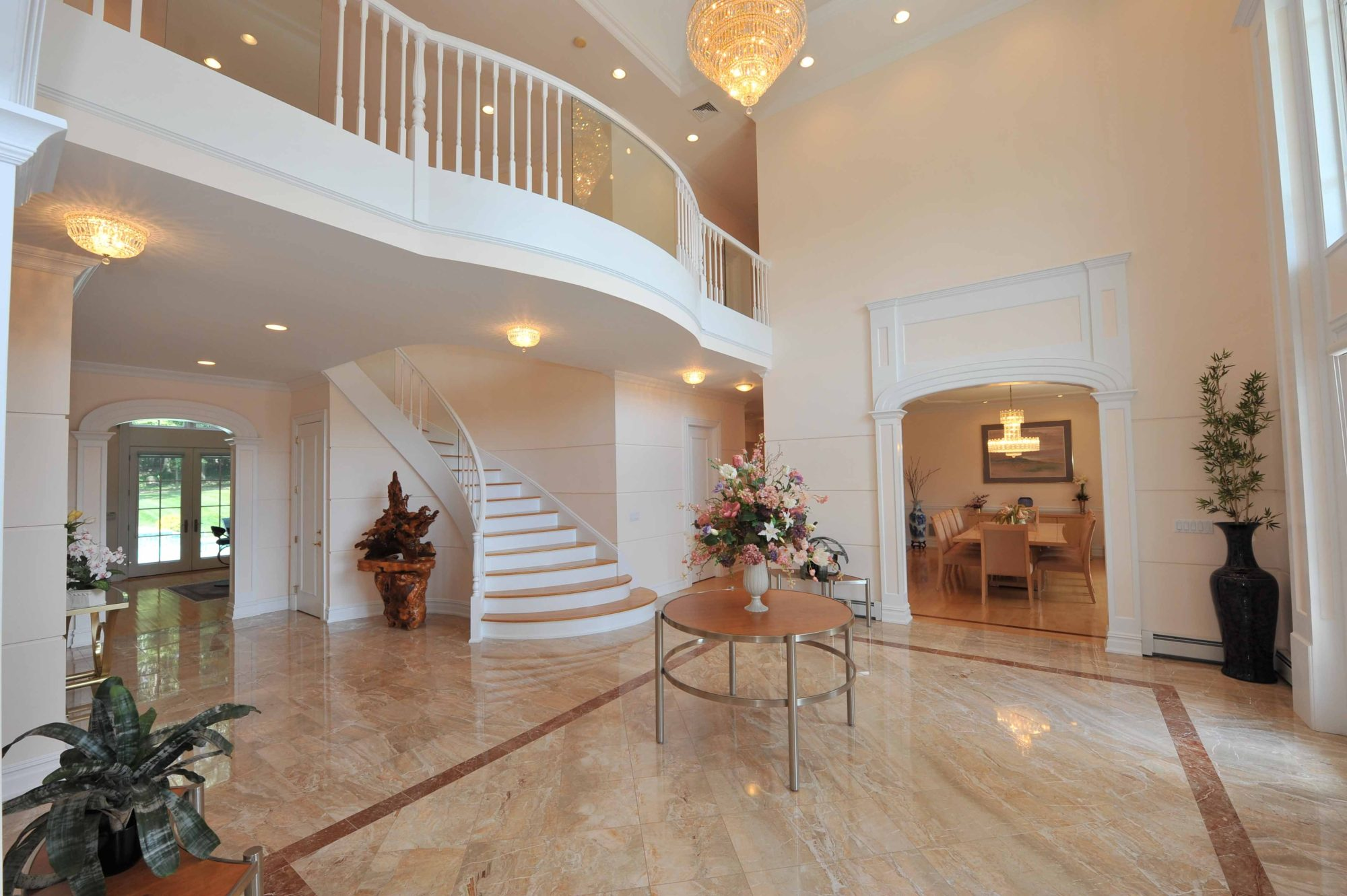 Beautiful mediterranean style villa in new jersey 2 for Beautiful interior decoration of houses