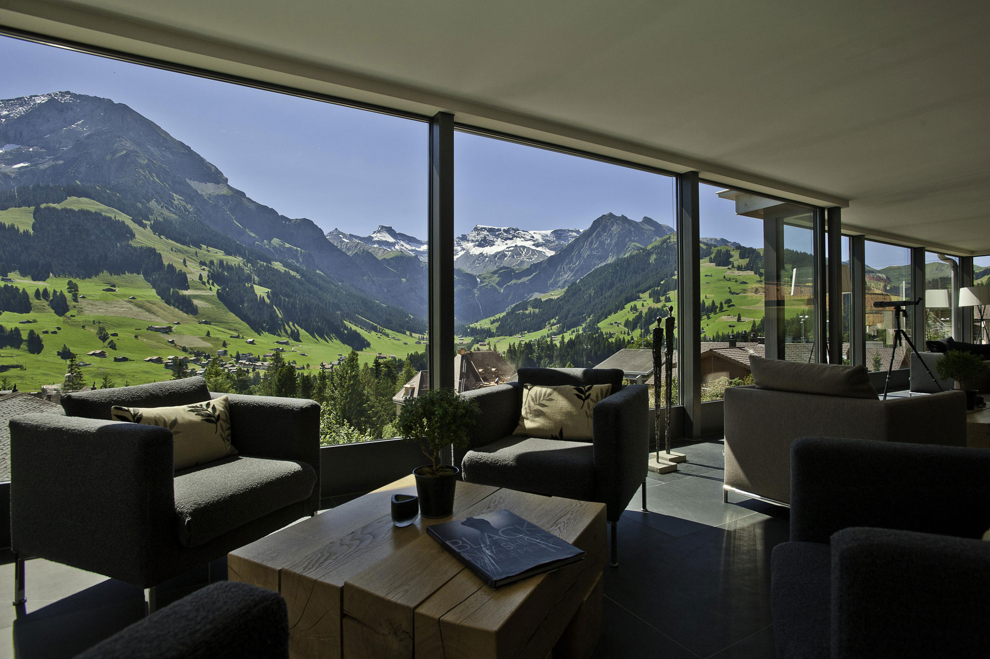 cambrian hotel in the swiss alps 1 - Home Designs Swiss Mountain