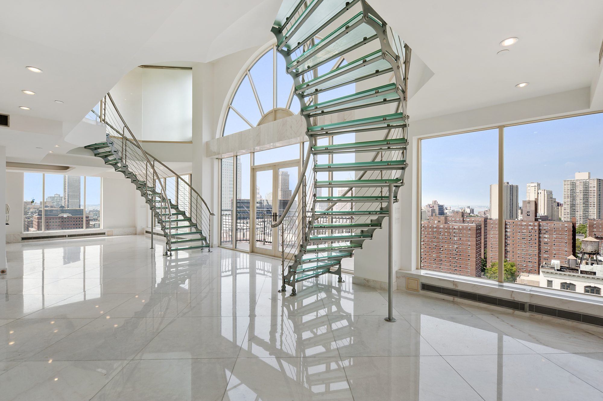 Magnificent duplex penthouse in brooklyn 4 for Buying a house in brooklyn