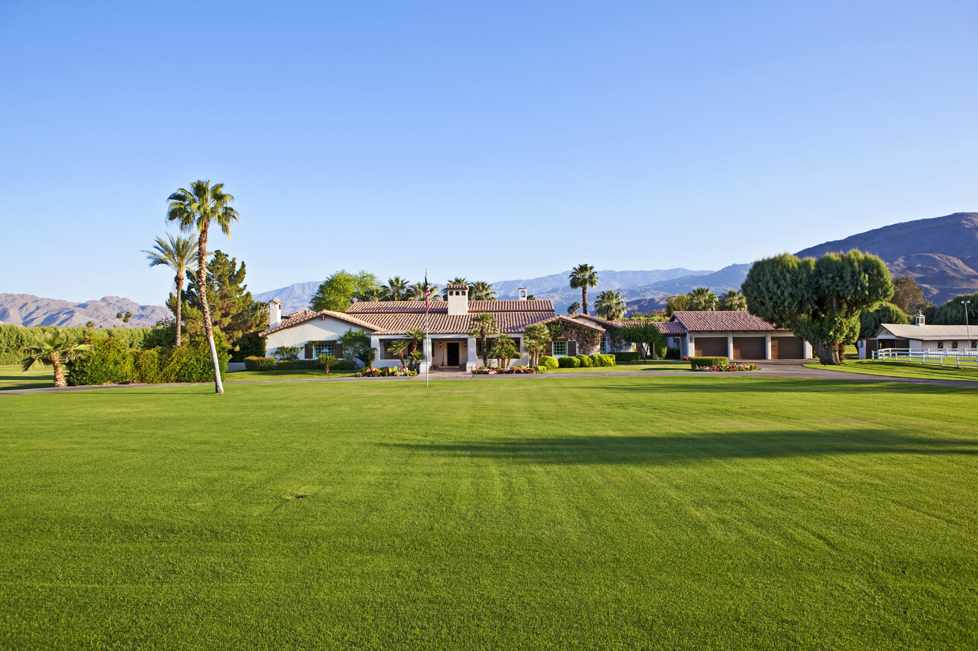 Charming 72551 Clancy Lane Rancho Mirage 86