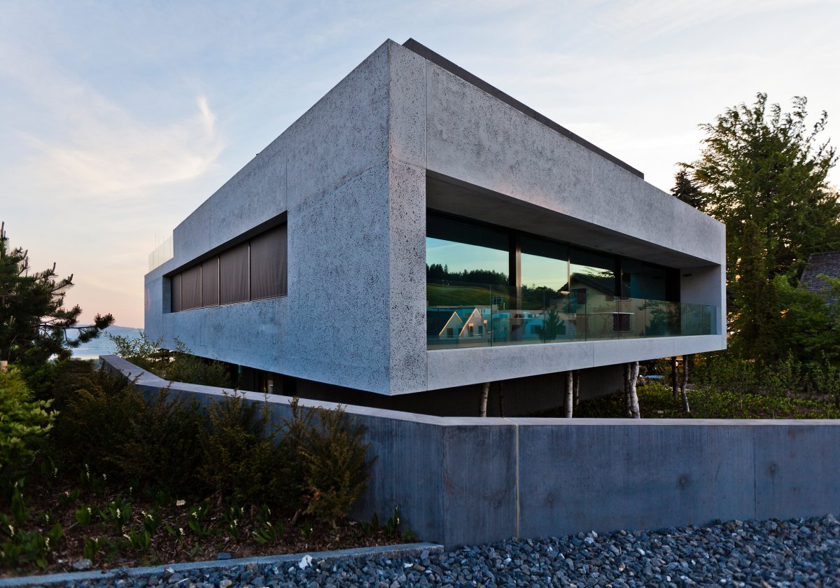 Genuine concrete block house by simmengroup 3 for Cement block house