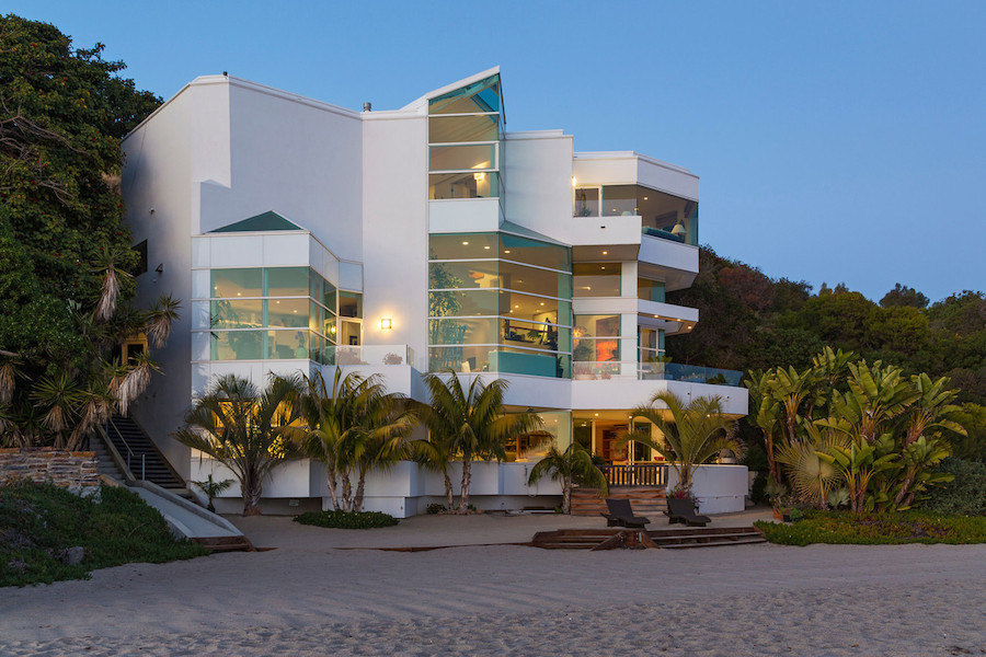 California Beach Apartments
